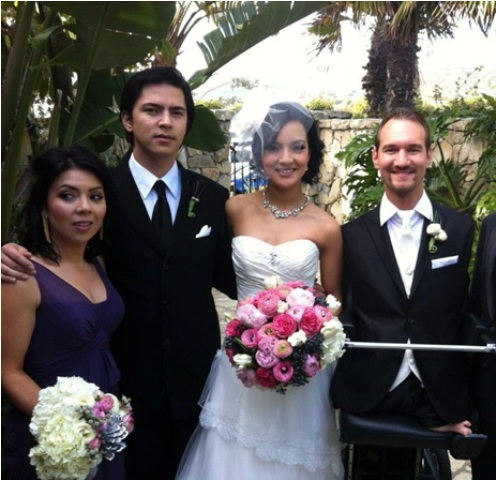 Nick-Vujicic-Married-2012-Nick-Vujicic-got-Married-Kanae-Miyahara2