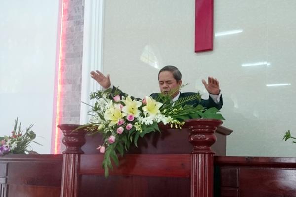 MS Đặng Thái Ninh cầu nguyện chúc phước