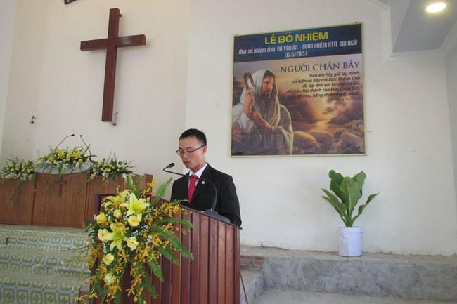 MS Hồ Nguyên Kha tuyên bố và chào mừng