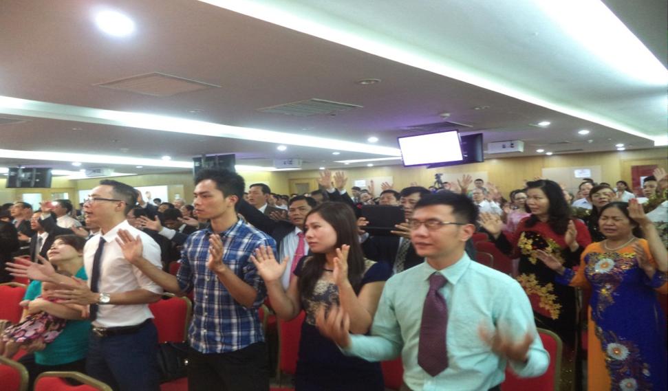 Quang cảnh buổi thờ phượng Chúa.