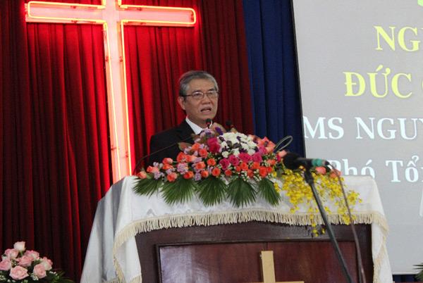 MS Nguyễn Văn Ngọc, Phó Tổng Thủ Quỹ TLH, giảng dạy Lời Chúa