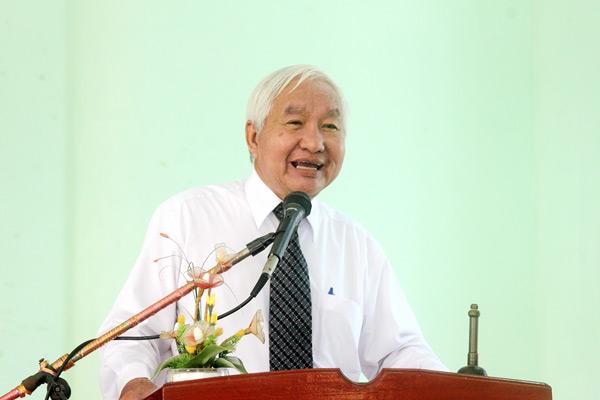 MS Trần Công Chánh giảng dạy.