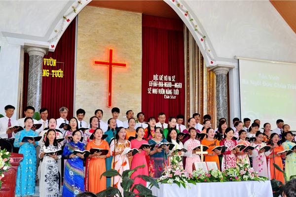 Ban hát lễ HT Phúc Âm 1