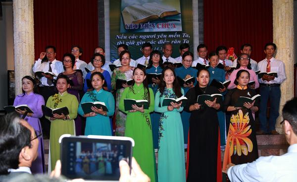 Ban hát Hội Thánh Tân Châu