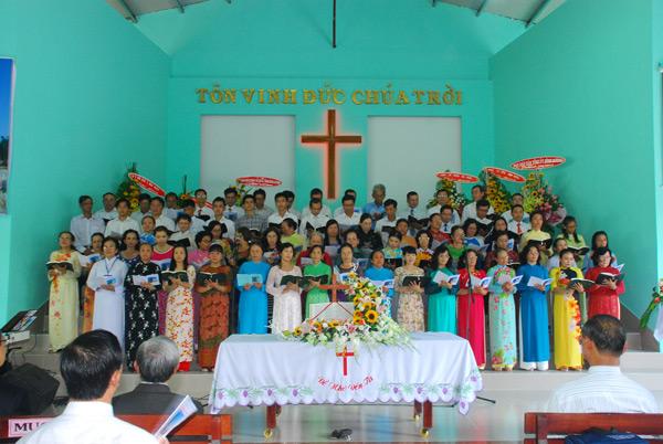 Ban hát các HT phía Bắc tỉnh Bình Dương
