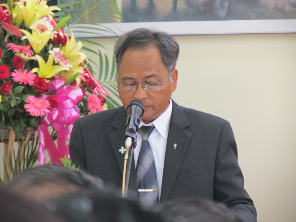 Mục sư Y Thun Bkrông – UV BĐD Tin Lành tỉnh - hướng dẫn chương trình
