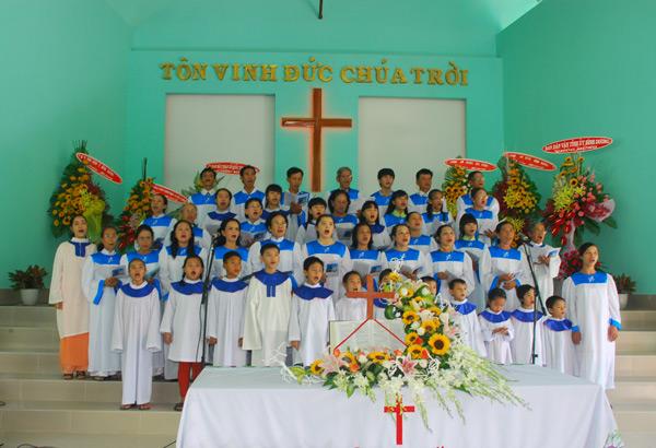 Ban hát Lễ HT. Dầu Tiếng