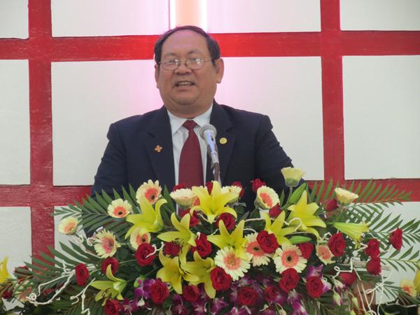 Mục sư Võ Thành Phê - Ủy viên TLH -  giảng Lời Chúa