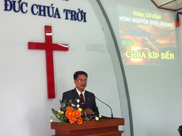 MSNC Nguyễn Quốc Khanh giảng lời Chúa