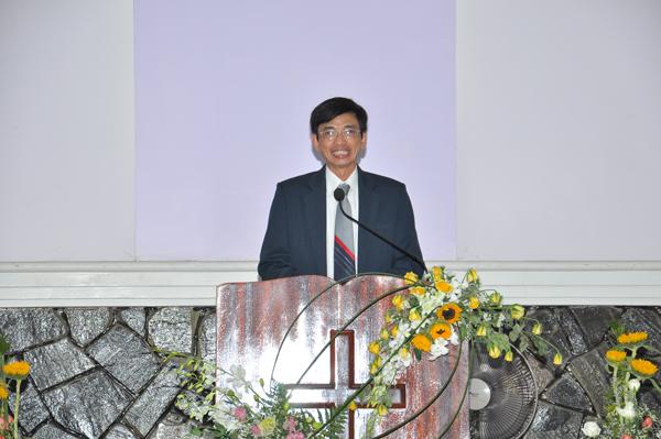 Mục sư Đinh Thi chia sẻ Phúc Âm