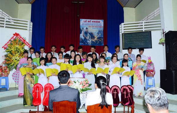Ban hát lễ HT Mỹ Lộc tôn vinh Chúa