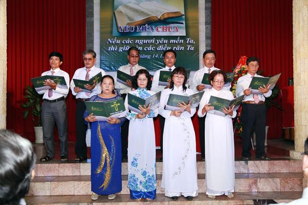 Ban hát Hội Thánh Ô Môn