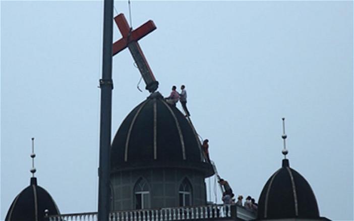 Thập giá bị gỡ bỏ tại nhiều hội thánh ở Trung Quốc.