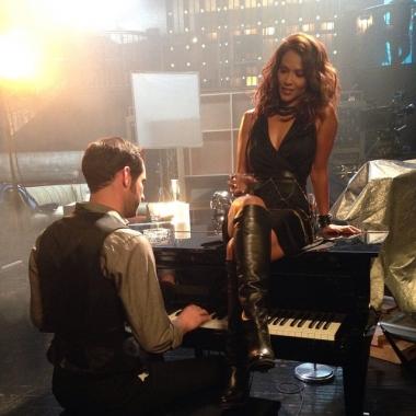 Một cảnh trong series truyền hình Lucifer của kênh Fox.