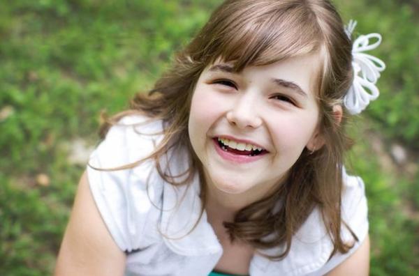 Cô bé Annabel được chữa lành mọi bệnh tật sau lần gặp gỡ Chúa Giêxu.