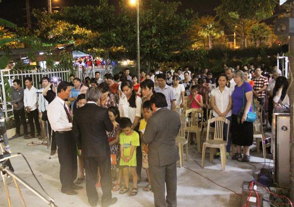 Cầu nguyện cho 07 thân hữu tin nhận Chúa