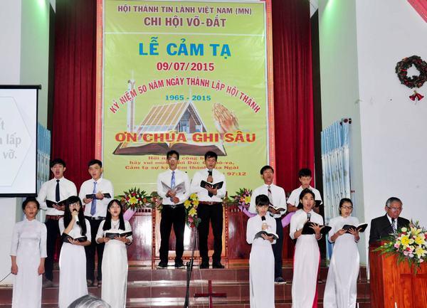 Ban hát thờ phượng & hướng dẫn chương trình