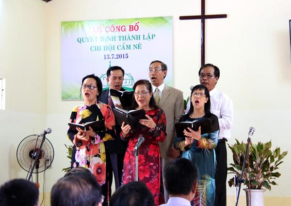 Hội Thánh Hải Châu tôn vinh Chúa