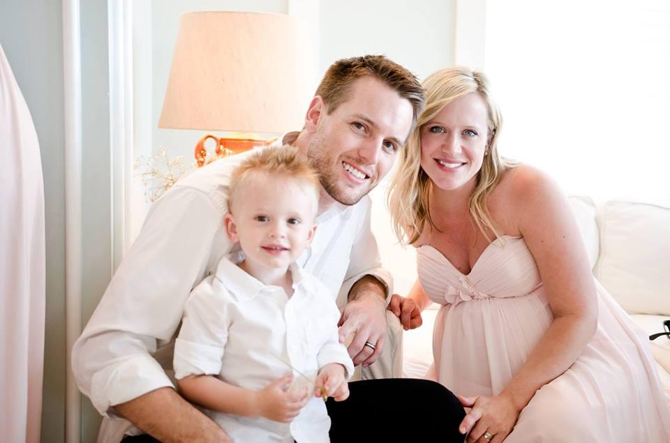 Gentry Edding cùng vợ Hadley và con trai Dobbs.