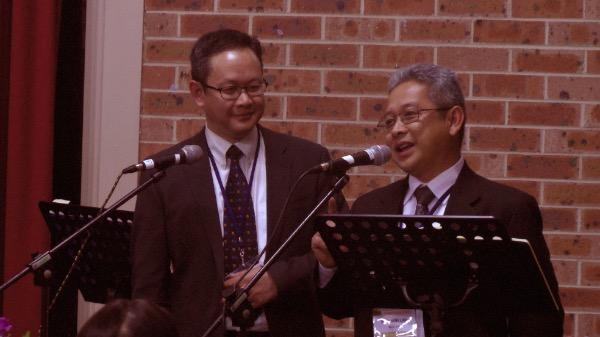 Mục sư Đoàn Hưng Linh giảng lời Chúa.