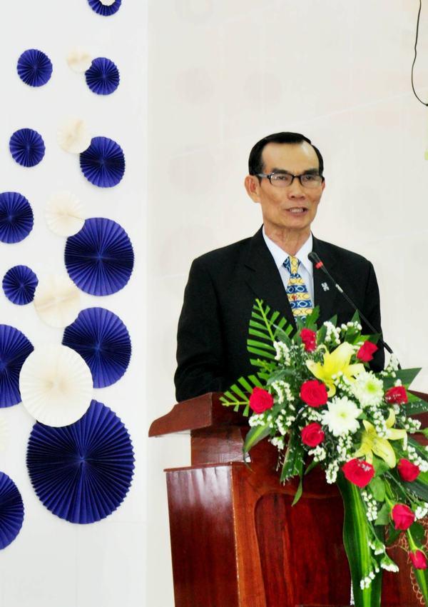 MSNC Nguyễn Đức Thắng chào mừng & giới thiệu.