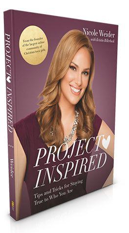 """Bìa sách """"Project Inspired"""" của cựu người mẫu Nicole Weider."""