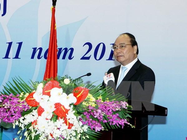 Phó Thủ tướng Nguyễn Xuân Phúc dự và phát biểu tại hội nghị. (Ảnh: Nguyễn Dân/TTXVN)