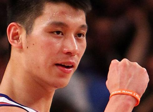 Jeremy Lin đeo vòng tay Active Faith.