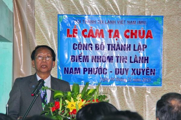 Mục sư Nhiệm Chức Nguyễn Thanh Minh, Quản nhiệm Hội Thánh Quế Xuân hoan nghênh chào mừng.