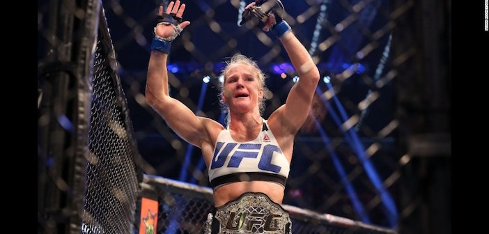 151118232101-01-holly-holm-super-169