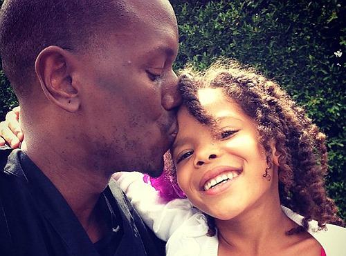 Tyrese bên con gái.
