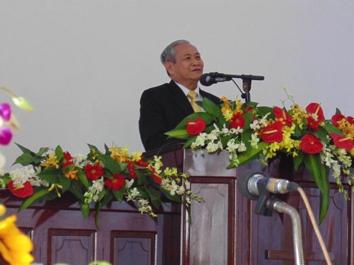 MS Phan Quang Thiệu giảng luận.