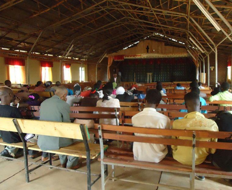 Giờ nhóm tại một Hội Thánh ở Ethiopia.
