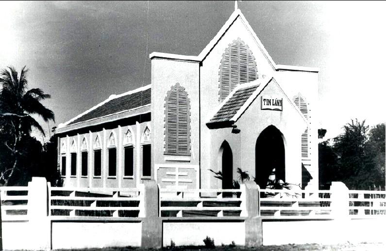Nhà thờ TL Tam Kỳ, năm 1958 (ảnh tư liệu của ông Nguyễn Tấn Minh, nguyên Thư ký HTTL Tam Kỳ)