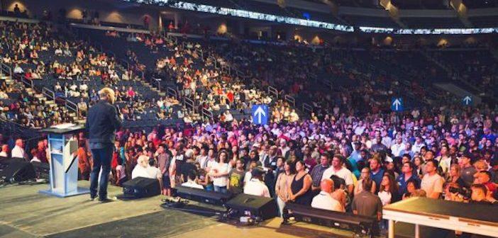 Hơn 300 Người Tin Nhận Chúa Tại Georgia, Hoa Kỳ