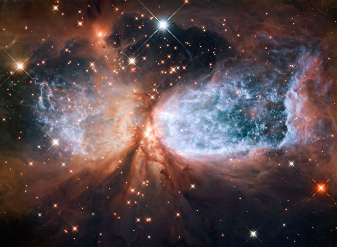 hubble-telescope-snow-angel