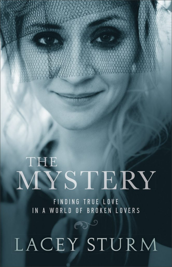 "Bìa sách ""The Mystery: Finding Love in a World of Broken Lovers"" của Lacey Sturm."
