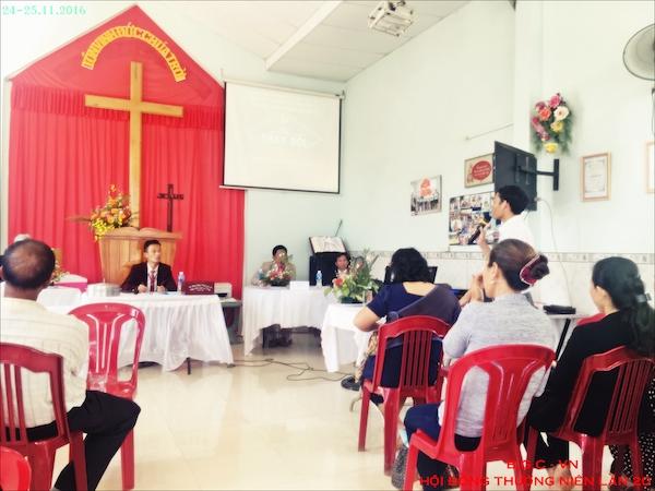 Đại biểu tham gia, góp ý với Ban điều hành Giáo Hội.