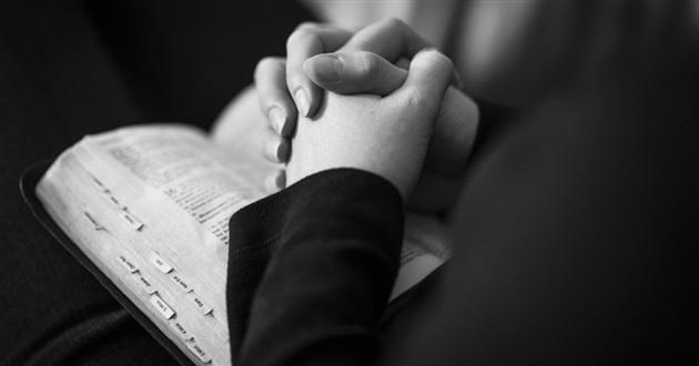 21 Đặc Tính Của Chúa Nhắc Nhở Chúng Ta Rằng Chúng Ta Được Ngài Yêu